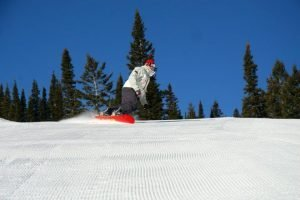 Snowboarder riding